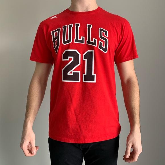super popular 40a7e 0e3d4 Chicago Bulls Jimmy Butler Short Sleeve Tee